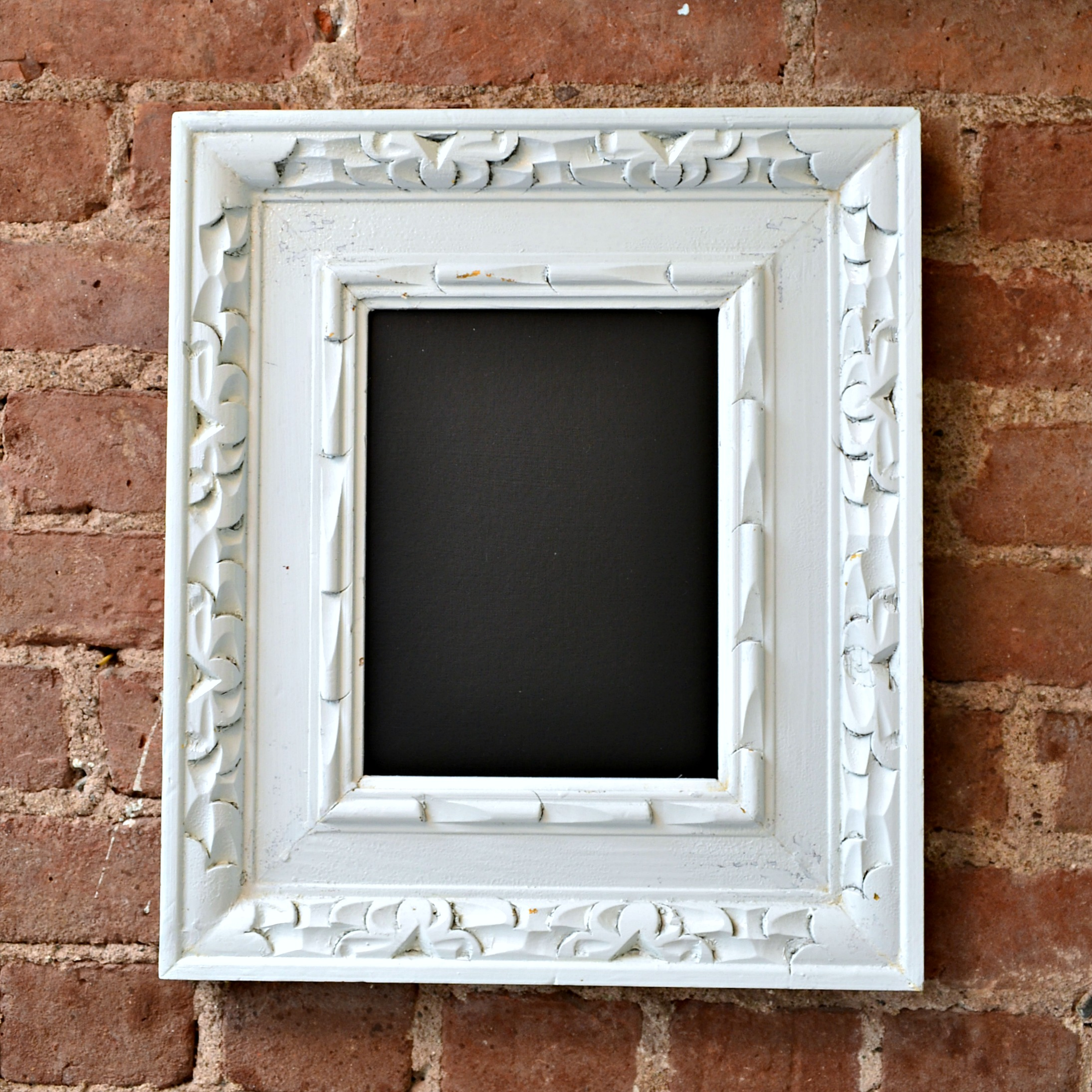 Easy DIY Chalkboard