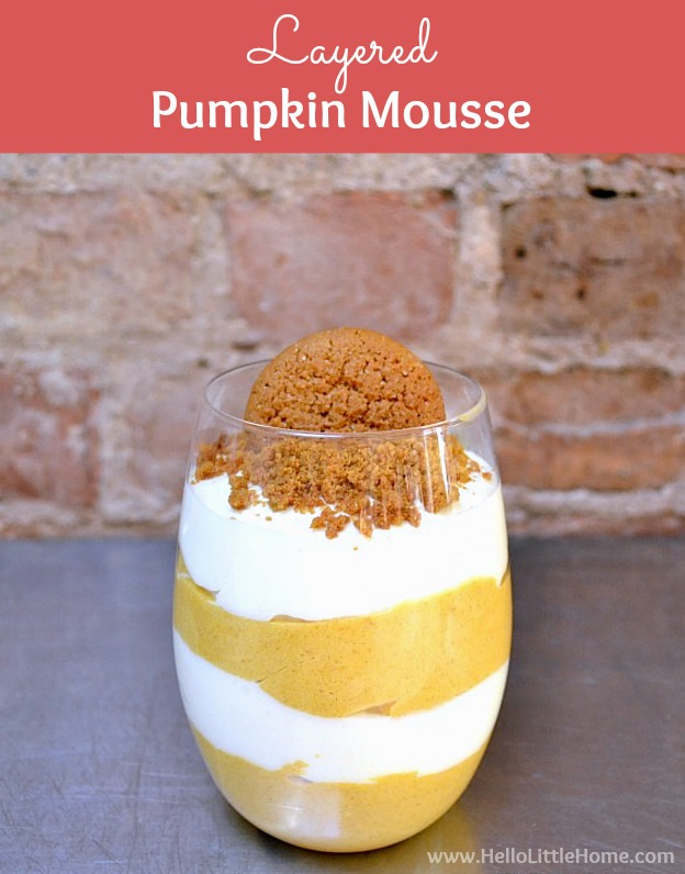 Layered Pumpkin Mousse recipe ... an easy pumpkin recipe that's perfect for fall or Thanksgiving dinner! This pumpkin parfait has a delicious cream cheese filling and ginger snap topping. A no bake pumpkin mousse that makes a great holiday dessert, this easy pumpkin dessert recipe is perfect for families. | Hello Little Home