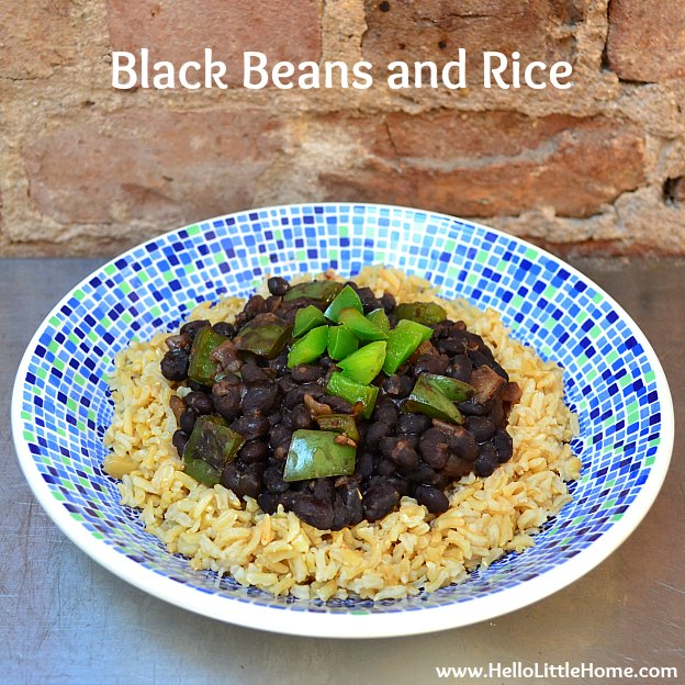 Black Beans and Rice ... Get this easy recipe + 100 other vegetarian winter recipes that are perfect for any occassion! | Hello Little Home