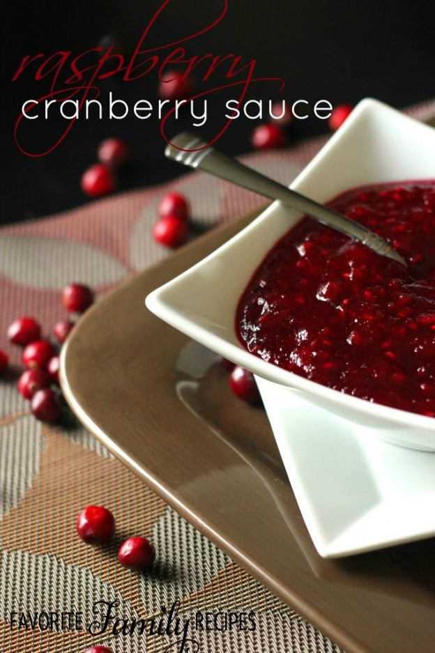 40+ Thanksgiving Recipes: Raspberry Cranberry Sauce | Hello Little Home
