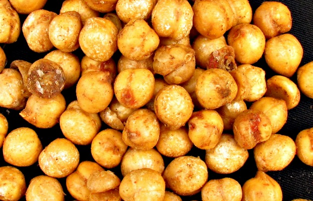 Roasted Chickpeas   Hello Little Home