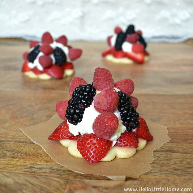 Over 30 Patriotic Recipes, Crafts, and Home Decor Ideas, including these Berry Cream Tarts! These fun and easy red, white, and blue ideas are perfect for celebrating every patriotic summer occassion ... 4th of July, Memorial Day, and more! | Hello Little Home