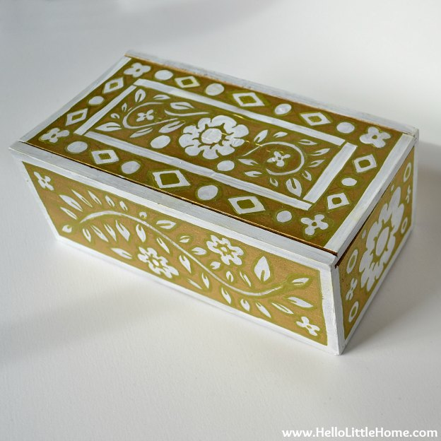 DIY Faux Inlay Box: Detail | Hello Little Home #craft #DIY