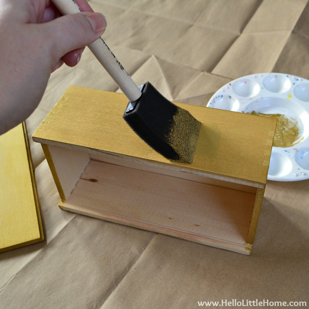 DIY Faux Inlay Box: Paint Box with Base Color | Hello Little Home #craft #DIY