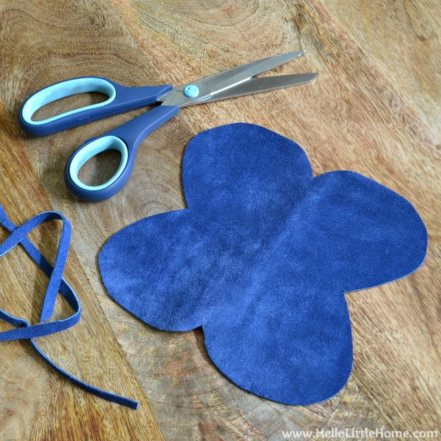 DIY Sunglasses Case: Cutting out the Material | Hello Little Home #tutorial