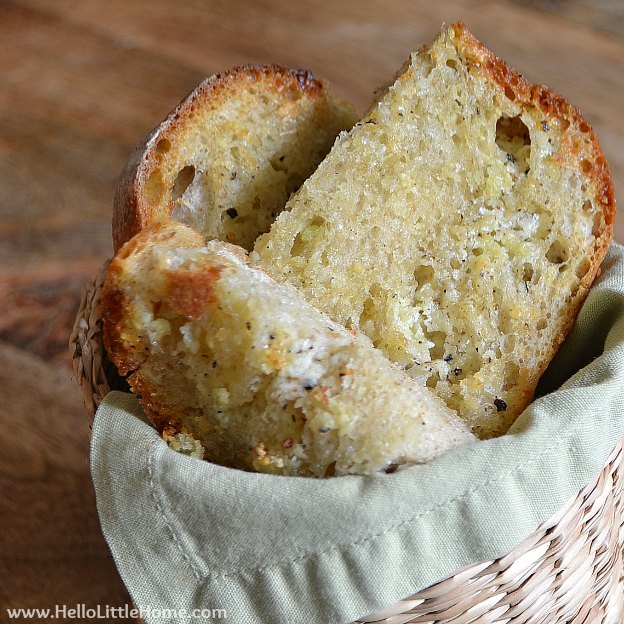 Garlic Bread | Hello Little Home #recipe