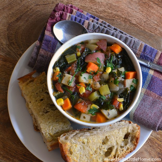 Kitchen Sink Vegetable Soup with Garlic Bread | Hello Little Home #vegetarian #recipe