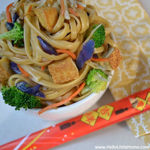 Takeout Fake Out: Vegetable Tofu Lo Mein | Hello Little Home #Chinese #vegetarian #vegan #recipe