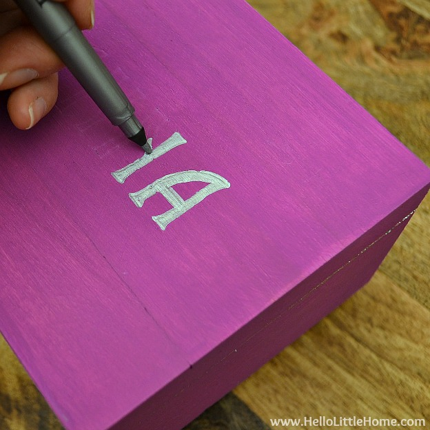 DIY Kids Treasure Box: Fill in Letters | Hello Little Home #craft #paint #GiftIdea