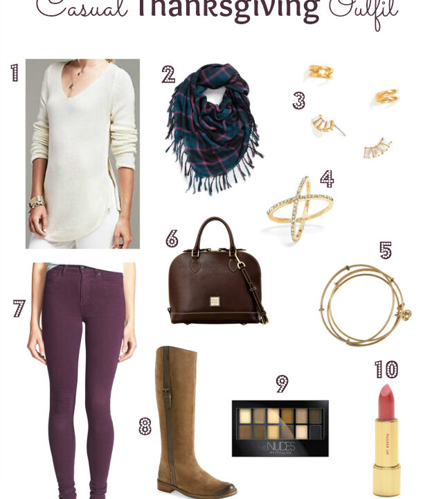 Casual Thanksgiving Outfit | Hello Little Home #style #fashion #HolidayStyle
