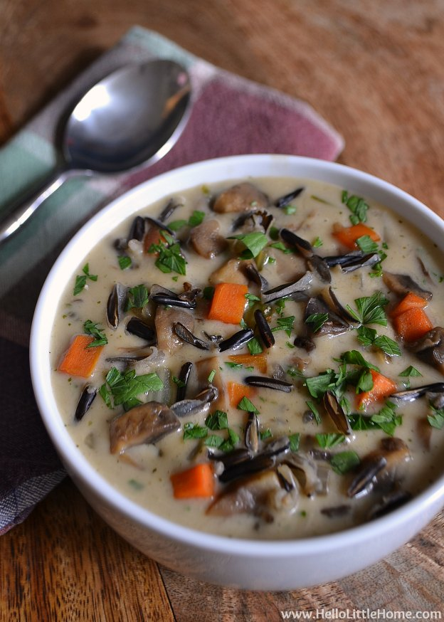 Creamy Wild Rice Soup | Hello Little Home #BlogsgivingDinner #Thanksgiving