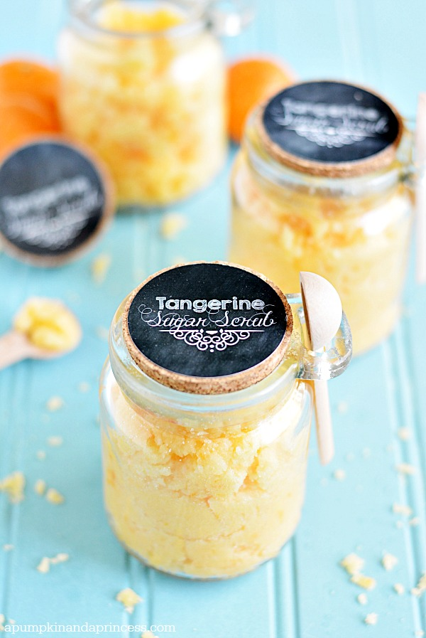 DIY Gift Ideas for Everyone: Coconut Tangerine Sugar Scrub | Hello Little Home #crafts #holidays #Christmas