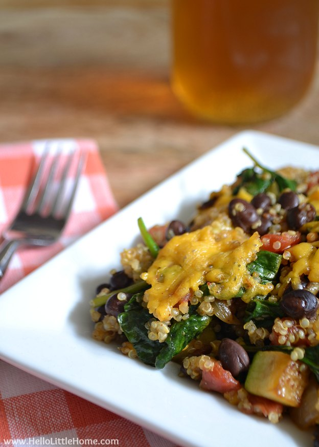 Healthy Mexican Quinoa Casserole | Hello Little Home #vegetarian