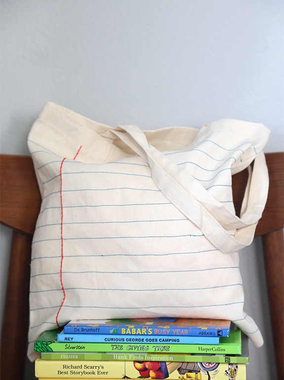 DIY Gift Ideas for Everyone: Notebook Tote | Hello Little Home #crafts #holidays #Christmas
