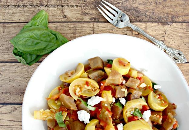 15 Vegetarian Crockpot Recipes: Ratatouille | Hello Little Home