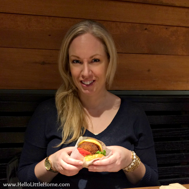 Romantic NYC Restaurants: Shake Shack   Hello Little Home #cbias