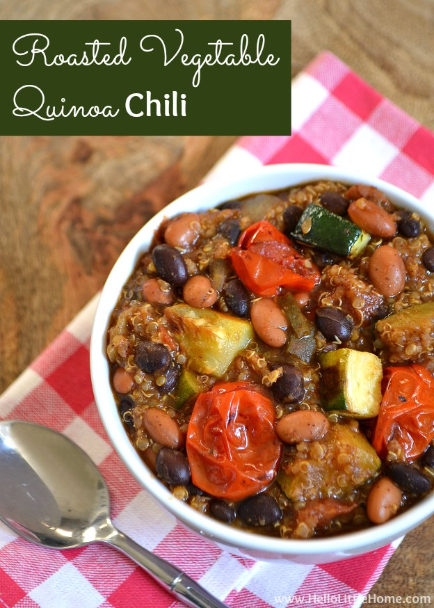 This Roasted Vegetable Quinoa Chili is the perfect winter comfort food!   Hello Little Home #vegan #vegetarianchili