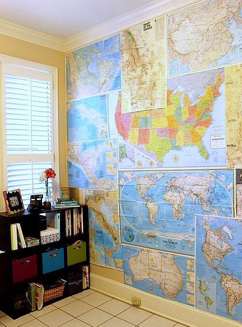 DIY Ideas for Decorating with Maps: Map Wallpaper from Lauren-Likes | Hello Little Home #MapCrafts #PaperCrafts #InteriorDesign