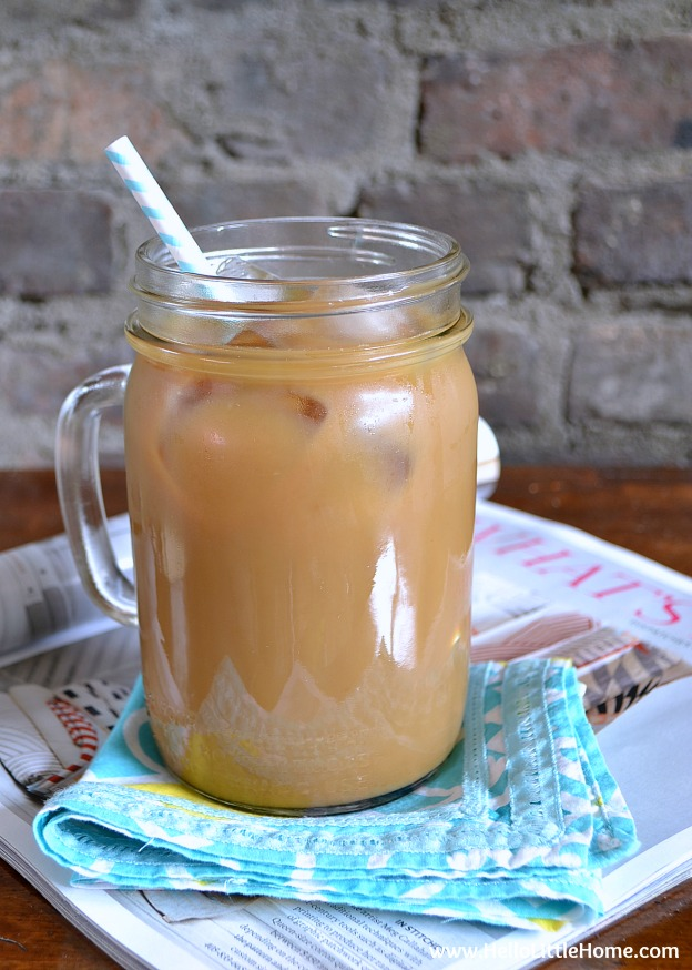 You are going to love this Iced Coffee! Get this easy recipe + over 60 more vegetarian summer recipes that are perfect for any occassion! | Hello Little Home