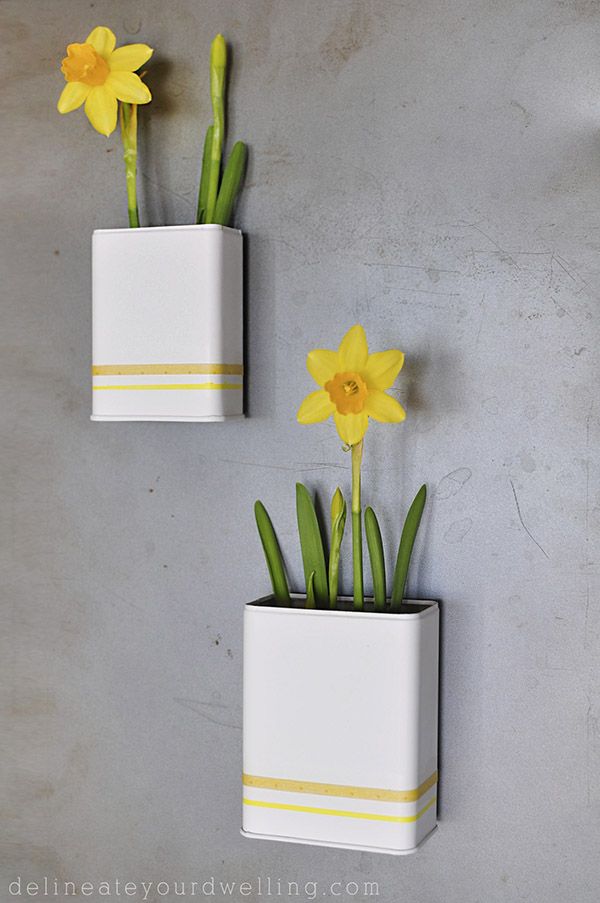 Spring DIY Projects: Magnetic Daffodil Planter from Delineate Your Dwelling | Hello Little Home