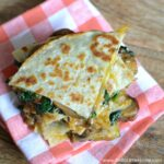 Garlicky Mushroom and Spinach Quesadillas ... yum! Get this easy recipe + 100 other vegetarian fall recipes that are perfect for any occassion! | Hello Little Home