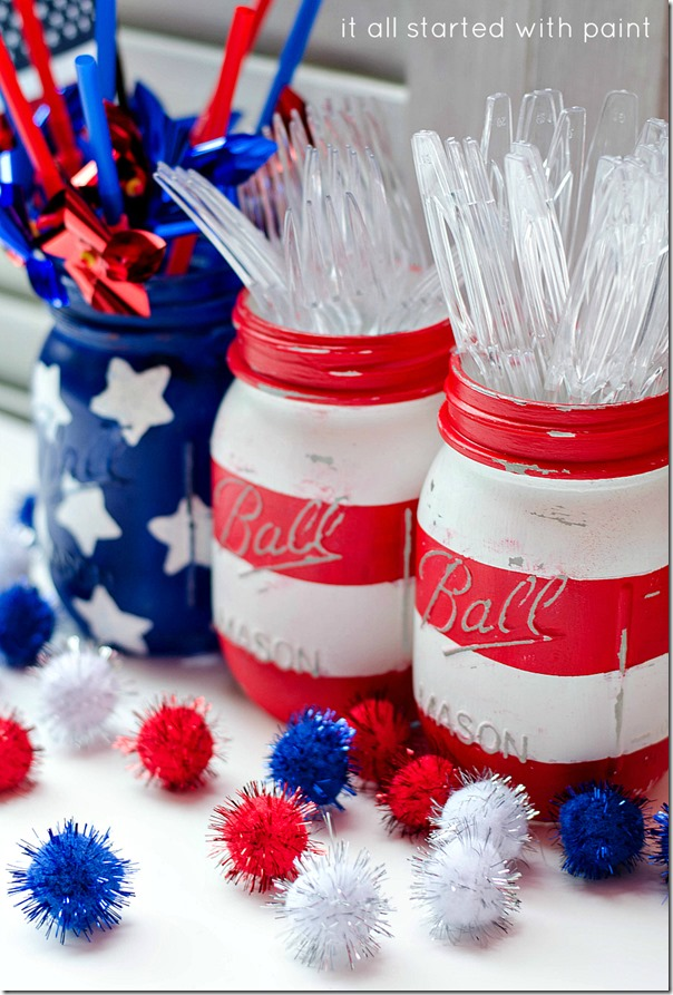 20+ Red, White, and Blue Projects for the 4th of July: Red, White, and Blue Mason Jars from It All Started with Paint | Hello Little Home #FourthOfJuly