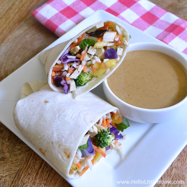 These Crunchy Vegetable Wraps with Peanut-Coconut Dipping Sauce are a light and healthy meal ... no cooking required! | Hello Little Home