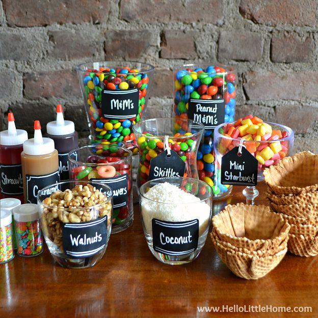 Superbe Candy Covered DIY Ice Cream Sundae Bar ... An Easy Way To Create