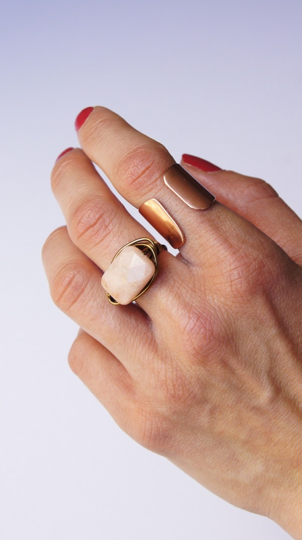 20+ DIY Jewelry Tutorials: Wrapped Peach Aventurine Ring from Oh Everything Handmade | Hello Little Home