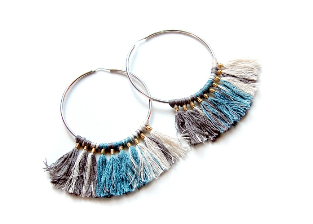20+ DIY Jewelry Tutorials: Threaded Tassel Hoop Earrings from Design Thrift Magazine | Hello Little Home