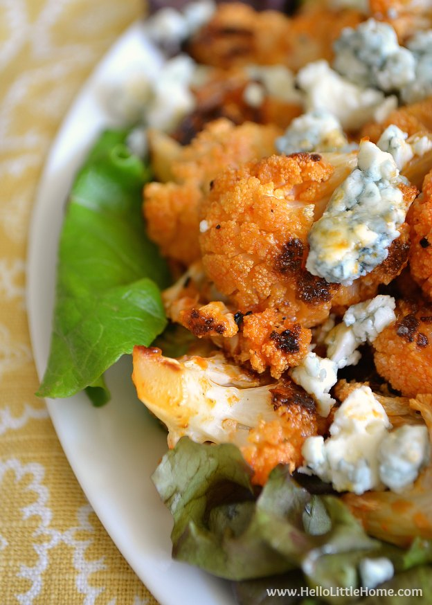 These Spicy Buffalo Cauliflower Bites make a delicious appetizer or ...