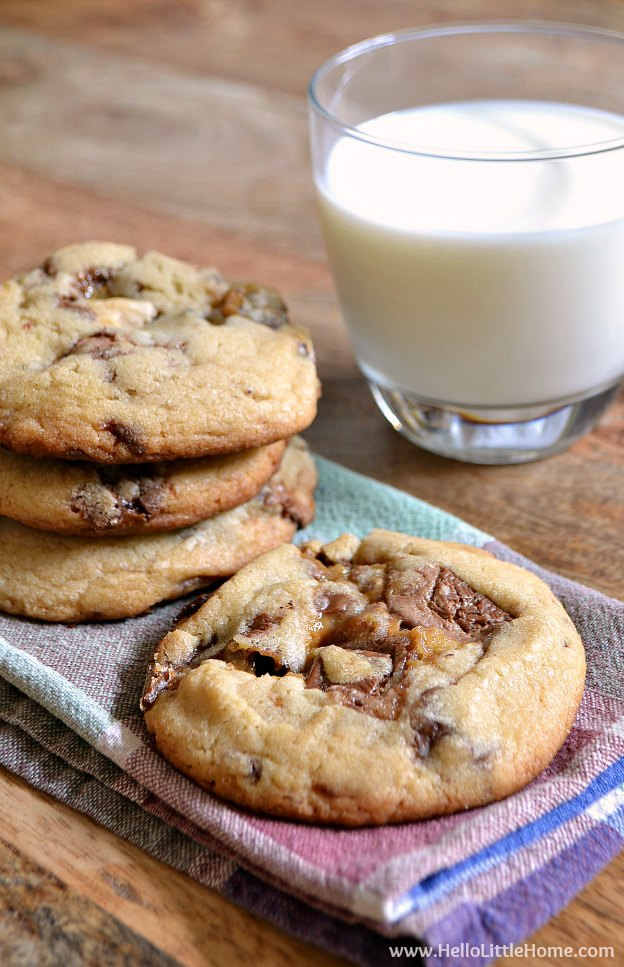 Thick and Chewy Candy Bar Cookies ... this easy cookie recipe is the tasty way to enjoy your favorite chocolate treats and are a great way to use up leftover Halloween candy!   Hello Little Home