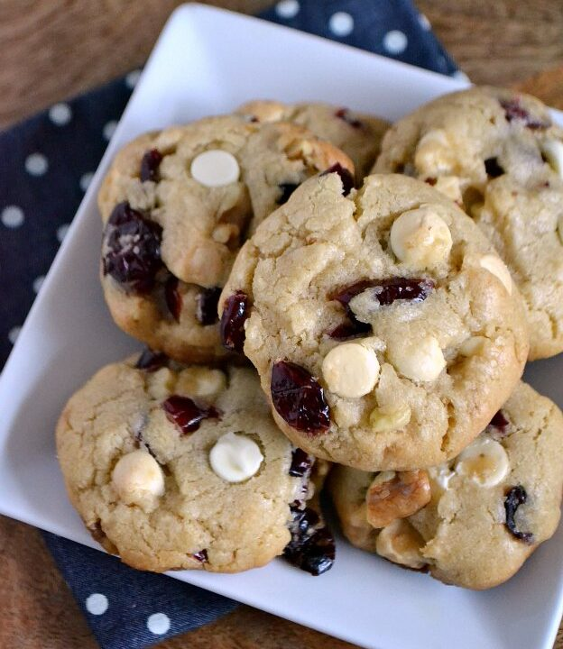 Chewy White Chocolate Cranberry Cookies ... one of 100 Vegetarian Game Day Recipes! Get ready for the big game with over 100 vegetarian and vegan appetizers, soups, chilis, main dishes, sandwiches, breakfast, desserts, and more that will make your next football watching party unforgettable! | Hello Little Home