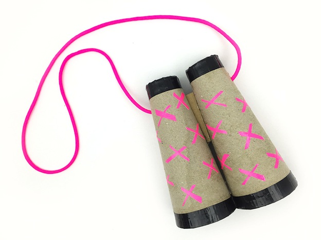 Cardboard Binoculars from Molly Moo, featured on The Ultimate DIY Christmas Gift Guide: 50+ Gift Ideas for Everyone on Your List! | Hello Little Home