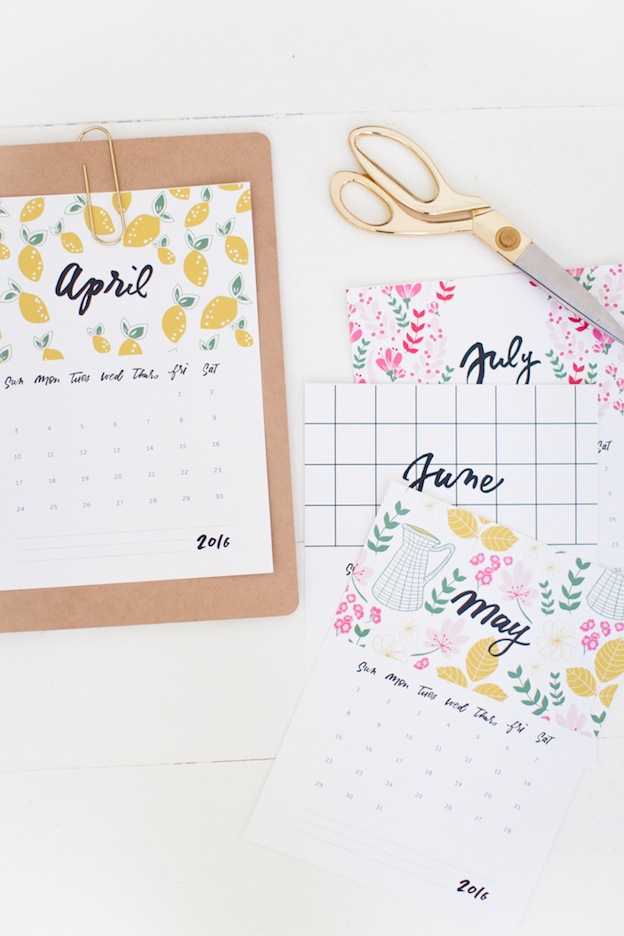 Printable Calendar from This Little Street, featured on The Ultimate DIY Christmas Gift Guide: 50+ Gift Ideas for Everyone on Your List! | Hello Little Home