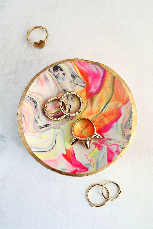 Marbled Clay Ring Dish from A Beautiful Mess, featured on The Ultimate DIY Christmas Gift Guide: 50+ Gift Ideas for Everyone on Your List! | Hello Little Home