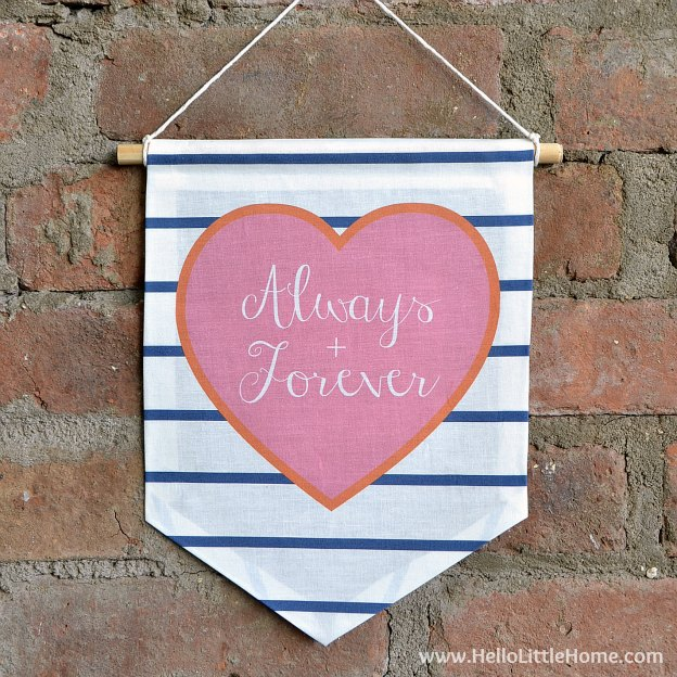 Make this No Sew Valentine's Day Flag in minutes! It's the perfect gift or decoration for Valentine's Day! | Hello Little Home