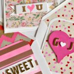 Make one of these 3 Easy DIY Valentine's Day Cards for someone you love or a good friend ... they're totally customizable! | Hello Little Home