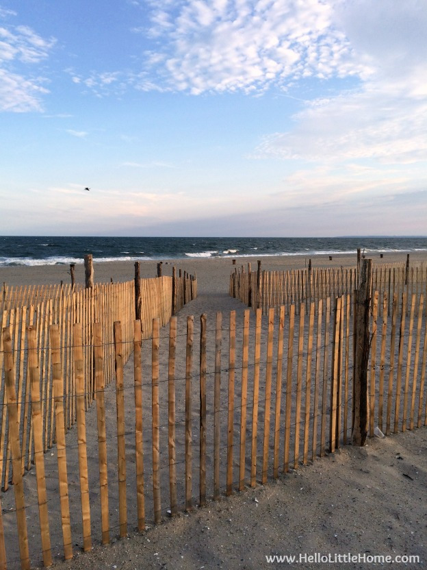 So, you want to visit or move to New York? Check out all my tips and tidbits garnered from my years living in NYC! Rockaway Beach. | Hello Little Home