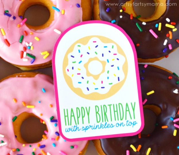 20 Adorable DIY Donut Crafts: Free Printable Donut Gift Tags from Artsy Fartsy Mama | Hello Little Home