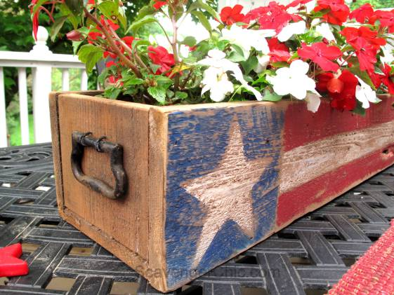 Over 30 Patriotic Recipes, Crafts, and Home Decor Ideas, including this Wood Pallet Centerpiece from Scavenger Chic! These fun and easy red, white, and blue ideas are perfect for celebrating every patriotic summer occassion ... 4th of July, Memorial Day, and more! | Hello Little Home