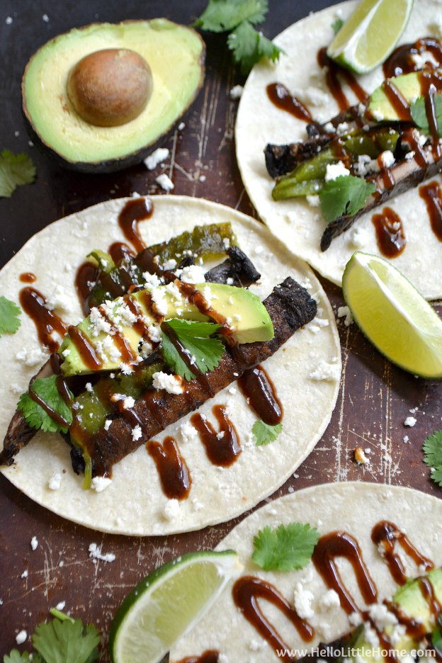 25 Vegetarian Tacos Recipes that are perfect for Taco Tuesday or any night of the week, like these Portabella Poblano Tacos with Sweet and Spicy BBQ Sauce! These healthy taco recipes are a great easy dinner idea. Lots of tasty vegan taco options, too! | Hello LIttle Home