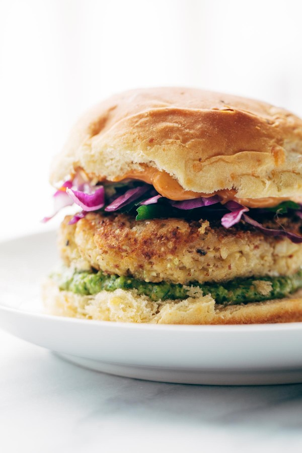 Spicy Cauliflower Burgers from Pinch of Yum ... one of 20 Mouthwatering Veggie Burger Recipes ... perfect for all your summer cookouts and parties! These delicious vegetarian and vegan burgers are filled with healthy ingredients + super delicious ... make one for your next BBQ! | Hello Little Home