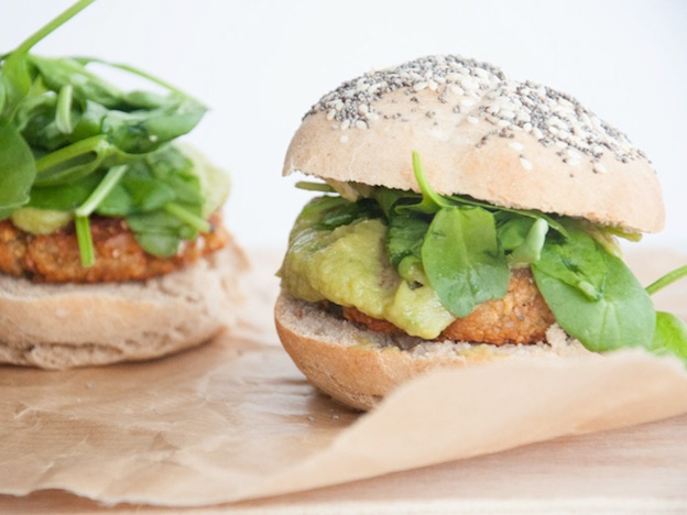 Vegan Falafel Burgers from Elephantastic Vegan ... one of 20 Mouthwatering Veggie Burger Recipes ... perfect for all your summer cookouts and parties! These delicious vegetarian and vegan burgers are filled with healthy ingredients + super delicious ... make one for your next BBQ!   Hello Little Home