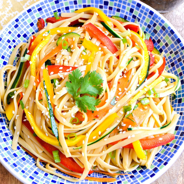 Cold Asian Noodle Salad in a blue patterned bowl.