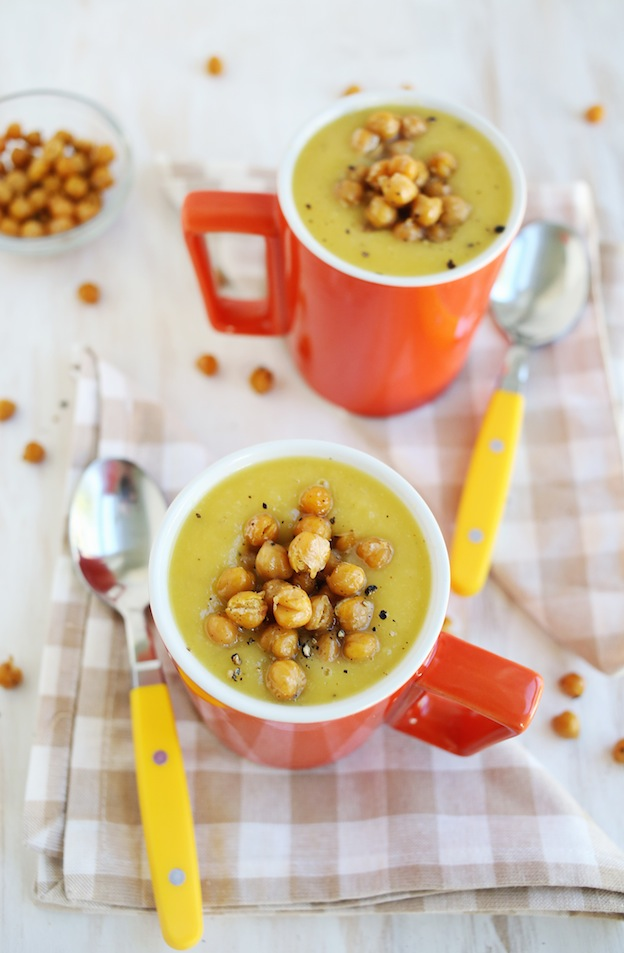40+ Hearty Vegetarian Soup Recipes, including this Acorn Squash Soup with Roasted Chickpeas from A Beautiful Mess, that will warm you up this fall and winter! | Hello Little Home