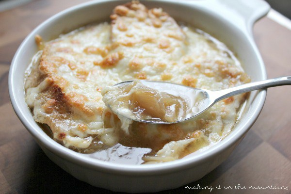 40+ Hearty Vegetarian Soup Recipes, including this The Best French Onion Soup Ever from Making It in the Mountains, that will warm you up this fall and winter! | Hello Little Home