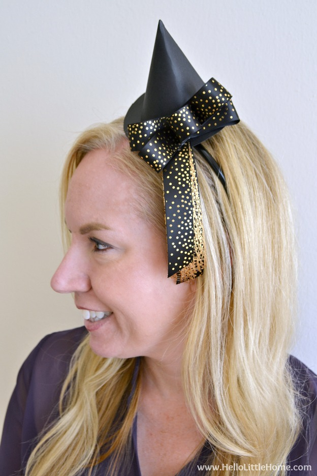 DIY Mini Witch Hat Headband ... a fun and easy Halloween craft that can be worn as part of a Halloween costume or just for fun! | Hello Little Home