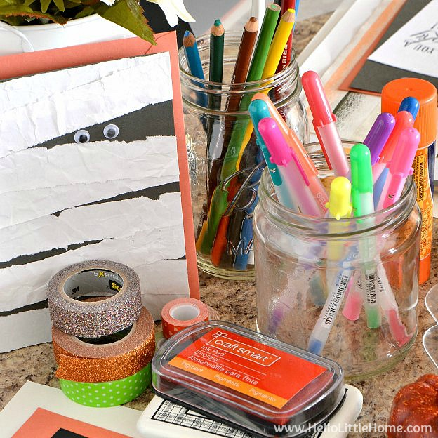 How to Throw a Halloween Craft Party | Hello Little Home