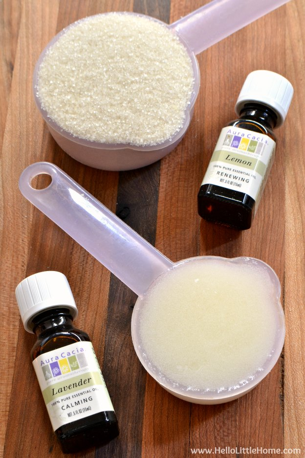 Step by step tutorial for making Lemon Lavender Sugar Scrub ... an easy to make, wonderful smelling sugar scrub recipe that's gentle on your hands! Makes a great gift!   Hello Little Home